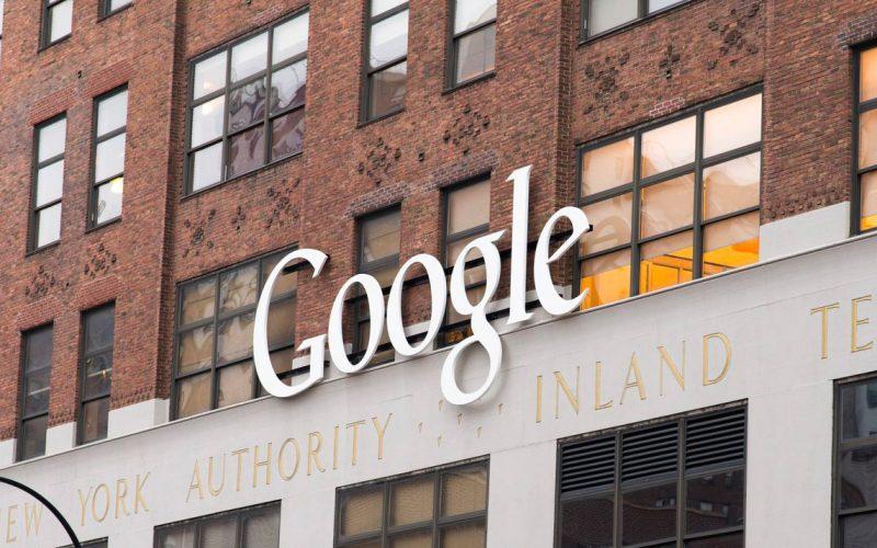 """""""Google spiava gli utenti iPhone"""" – La denuncia del Wall Street Journal"""